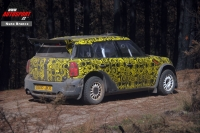 BMW Mini Countryman WRC na testech