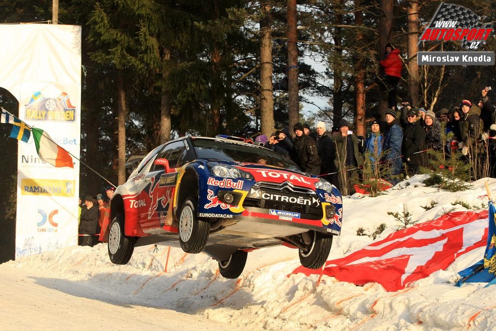 Sebastien Loeb mit dem Flug auf Rang 6 in der Gesamtwertung